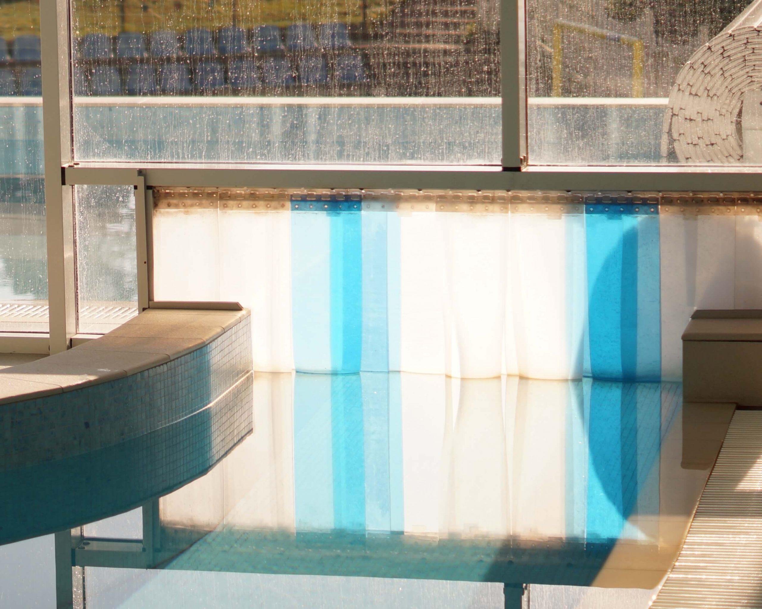 Kurtyna paskowa na basen