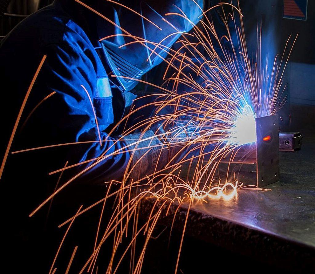 Lamele spawalnicze do ochrony przed iskrami i odpryskami metali